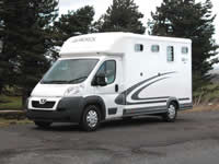 3.5t horsebox hire